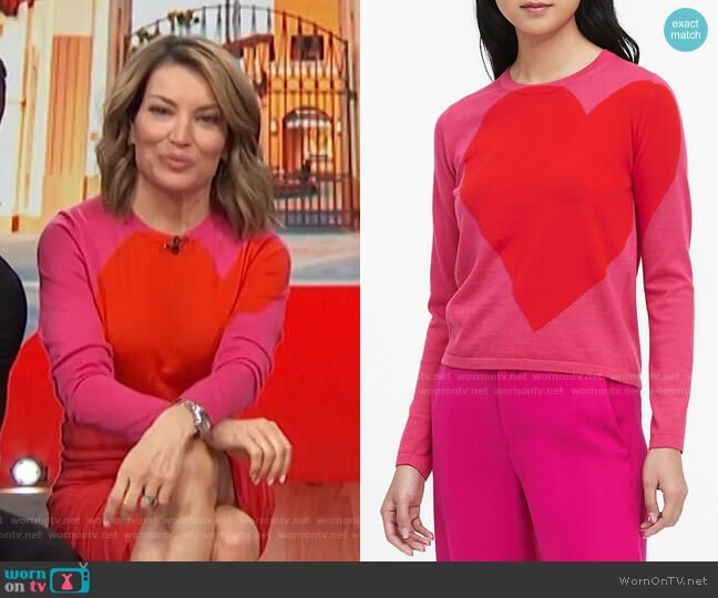 Big Heart Sweater by Banana Republic worn by Kit Hoover  on Access Hollywood