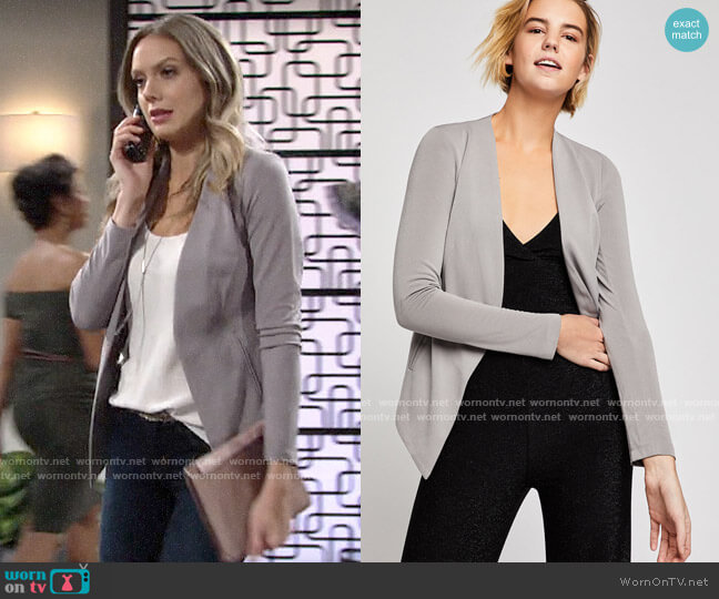 Bcbgeneration Welt Pocket Tuxedo Blazer worn by Abby Newman (Melissa Ordway) on The Young & the Restless