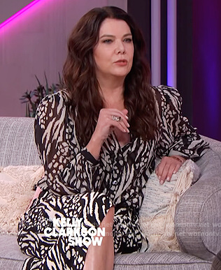 Lauren Graham's animal print dress on The Kelly Clarkson Show