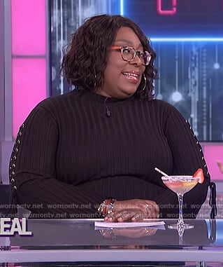 Loni's black ribbed lace sleeve dress on The Real