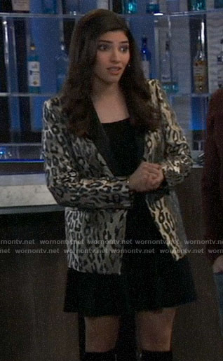 Brook Lynn's metallic leopard blazer on General Hospital