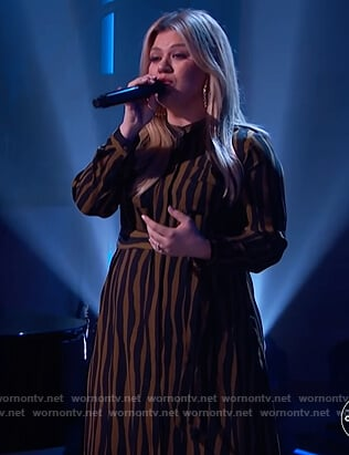 Kelly's zebra stripe shirtdress on The Kelly Clarkson Show