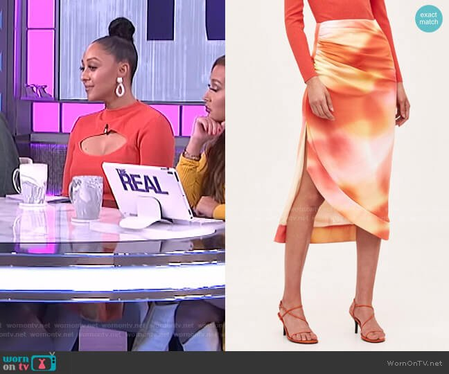 Blindfold Skirt by C/Meo Collective worn by Tamera Mowry  on The Real