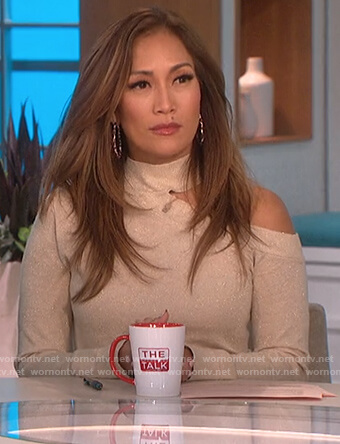 Carrie's metallic cutout sweater on The Talk