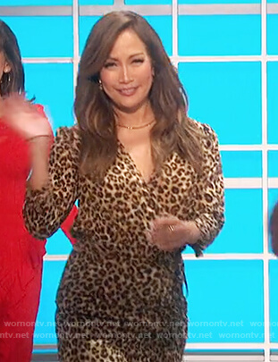 Carrie's leopard v-neck ruched dress on The Talk