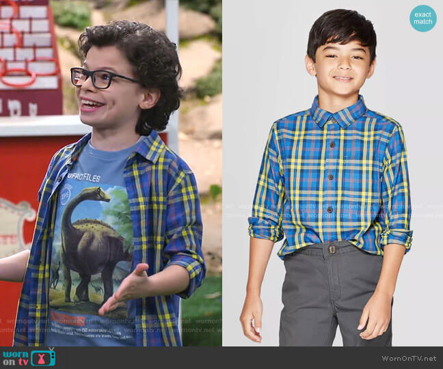 Long Sleeve Button-Down Shirt by Cat & Jack worn by Matteo Silva (Raphael Alejandro) on Bunkd