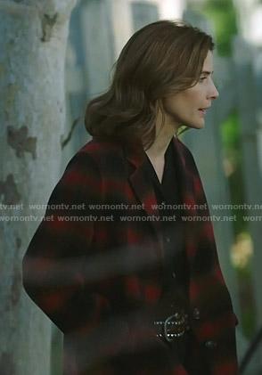 Dex's red plaid coat on Stumptown