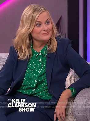 Amy Poehler's green heart print blouse on The Kelly Clarkson Show
