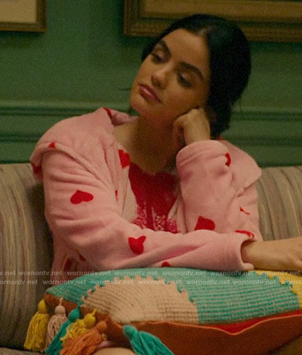 Katy's pink heart print robe on Katy Keene
