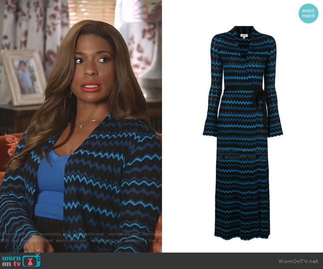Zig Zag Print mMaxi Dress by L'Agence worn by Poppy (Kimrie Lewis) on Single Parents