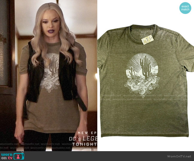 Lucky  Brand Mens Desert T-shirt worn by Caitlin Snow (Danielle Panabaker) on The Flash