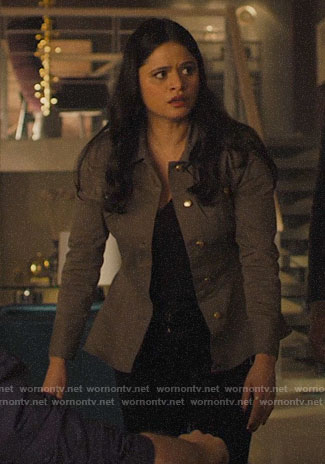 Mel's green peplum jacket on Charmed
