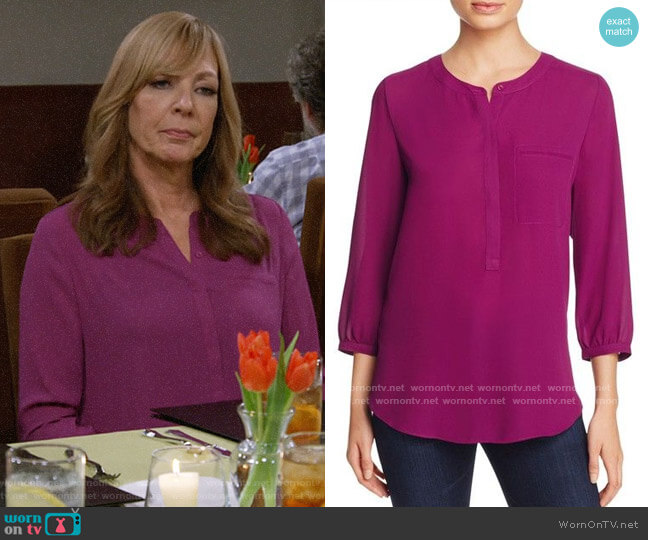 NYDJ Pleated Back Blouse worn by Bonnie Plunkett (Allison Janney) on Mom