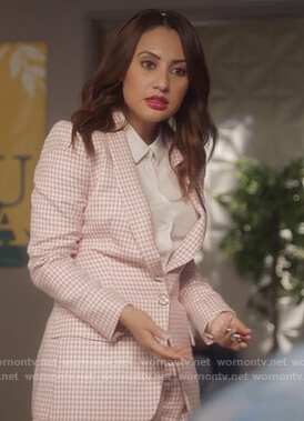 Ana's pink houndstooth blazer and shorts on Grown-ish