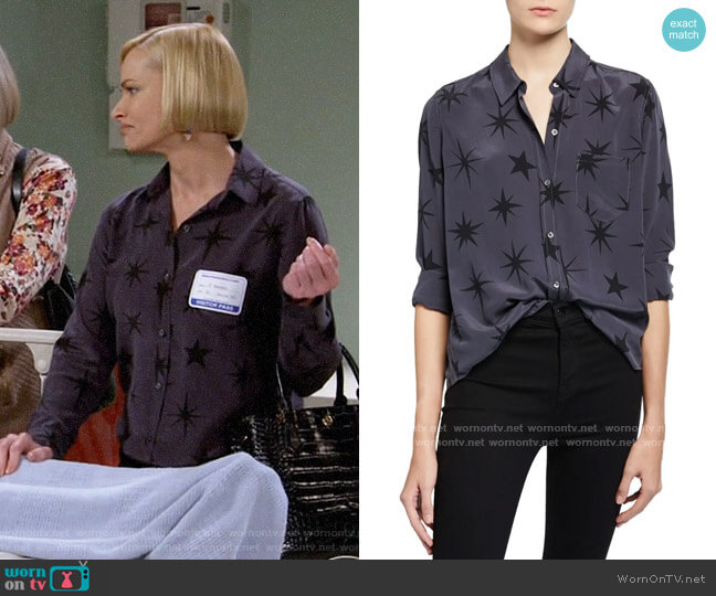 Rails Kate Silk Shirt in Coal Constellatio worn by Jill Kendall (Jaime Pressly) on Mom