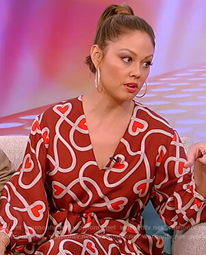 Vanessa Lachey's red heart print dress on Tamron Hall Show