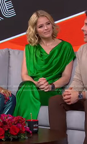 Sara's green draped satin top and pants on GMA Strahan Sara And Keke