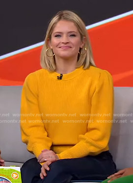Sara's orange puff sleeve sweater on GMA Strahan Sara And Keke