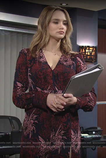 Summer's printed v-neck long sleeve dress on The Young and the Restless