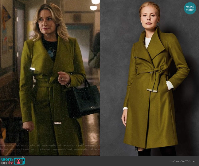 Ted Baker Sandra Mid Green Coat worn by Alice Cooper (Mädchen Amick) on Riverdale