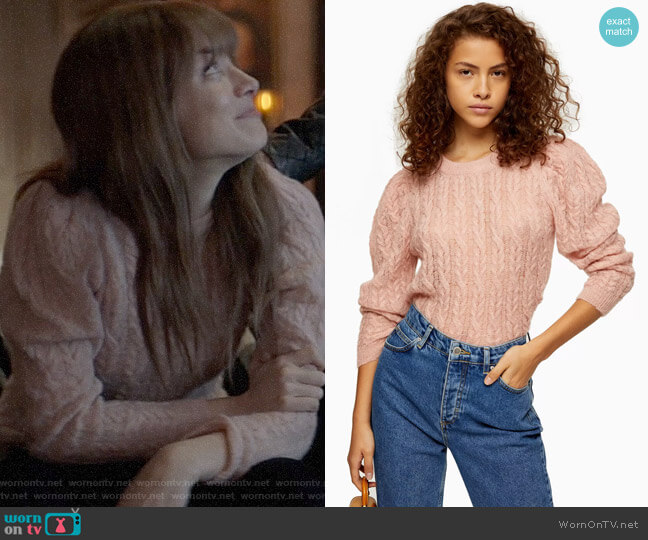Topshop Knitted Pink Gauzy Cable Crew Neck Sweater worn by Beth on Batwoman worn by Beth Kane (Rachel Skarsten) on Batwoman