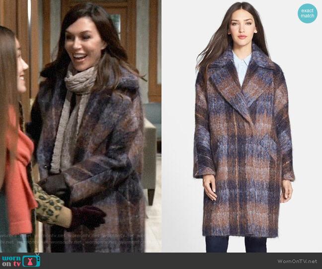 Trina Turk Scarlett Coat worn by Anna Devane (Finola Hughes) on General Hospital
