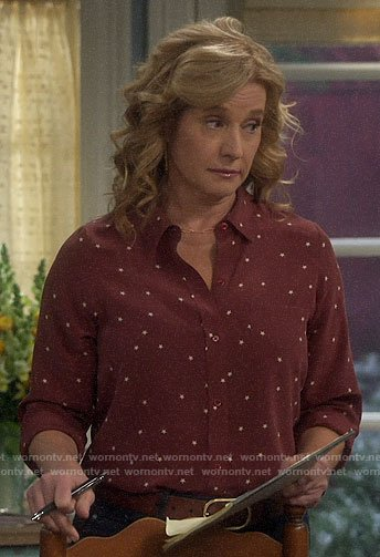 Vanessa's red star print blouse on Last Man Standing