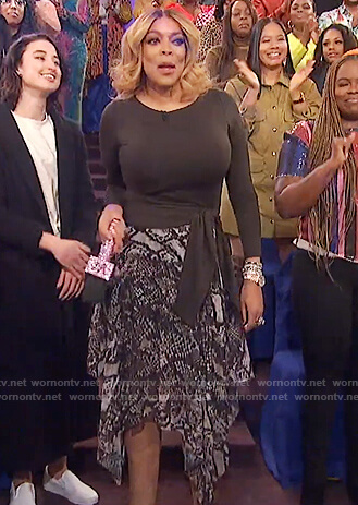 Wendy's snakeskin print skirt on on The Wendy Williams Show