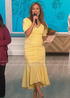 Carrie's yellow gingham ruched dress on The Talk