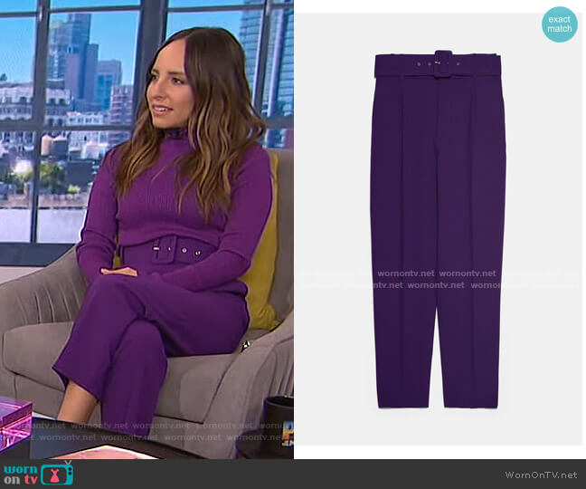 Belted Trousers by Zara worn by Lilliana Vazquez  on E! News