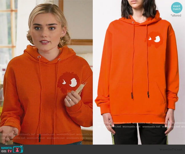 Chester Hooded Sweatshirt by Alexander McQueen worn by Taylor Otto (Meg Donnelly) on American Housewife