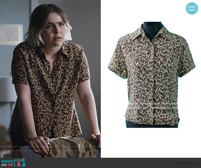 Floral Shirt by Sears worn by Annie Marks (Mae Whitman) on Good Girls