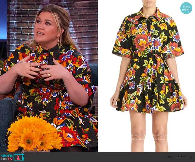 Floral Oversized Mini Shirtdress by Carolina Herrera worn by Kelly Clarkson  on The Kelly Clarkson Show