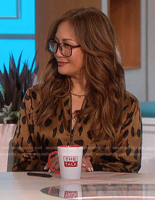Carrie's leopard satin bomber jacket on The Talk