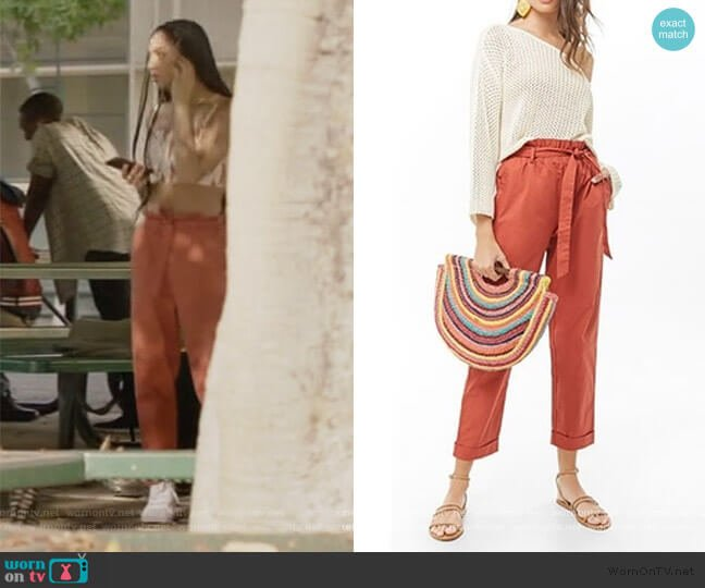 Belted Paperbag Pants by Forever 21 worn by Patience (Chelsea Tavares) on All American