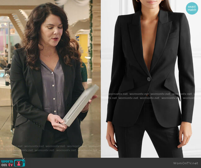 Grain de Poudre Wool Blazer by Alexander McQueen worn by Joan (Lauren Graham) on Zoeys Extraordinary Playlist