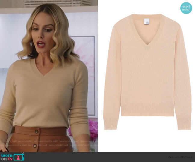 Alith cashmere sweater by Iris & Ink worn by Laura Baker (Monet Mazur) on All American