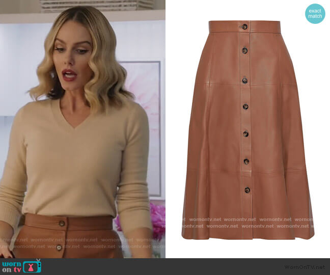 Tianna leather midi skirt by Iris & Ink worn by Laura Baker (Monet Mazur) on All American