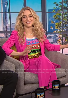 Jenny Mollen's Power tee and pink drawstring suit on E! News
