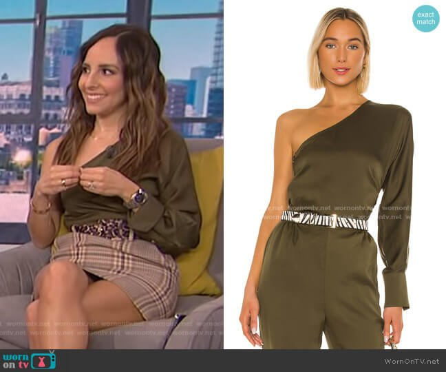 The Maura Top by L'Academie worn by Lilliana Vazquez  on E! News