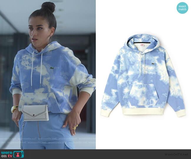 Cloud print hoodie by Lacoste worn by Rebeca (Claudia Salas) on Elite