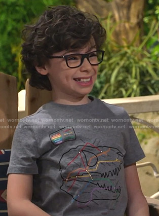 Matteo's grey subway map print tee on Bunkd