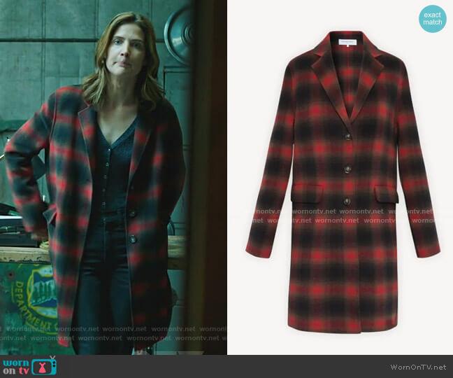 Penelope Plaid Wool-Blend Coat by Gerard Darel worn by Dex Parios (Cobie Smulders) on Stumptown