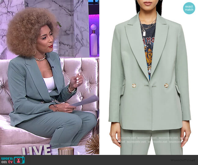 Kiki Double Breasted Blazer and Pants by Topshop worn by Amanda Seales  on The Real