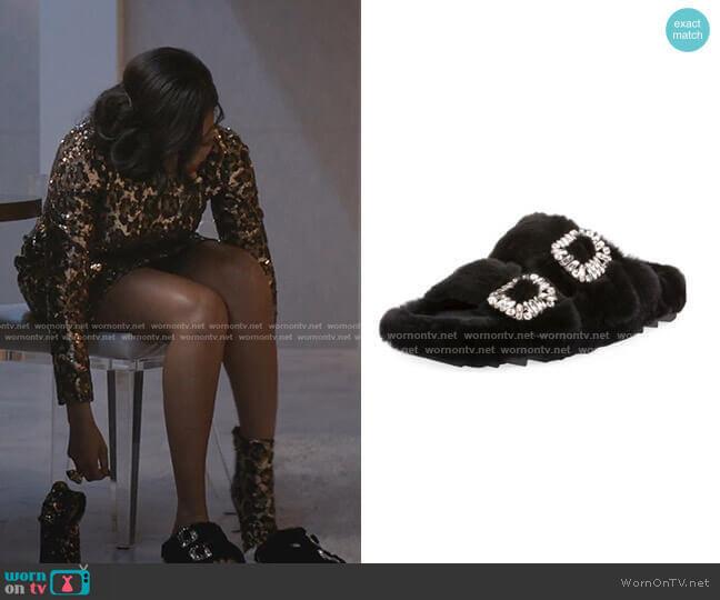 Viv Slidy Flat Fur Sandal by Roger Vivier worn by Cookie Lyon (Taraji P. Henson) on Empire