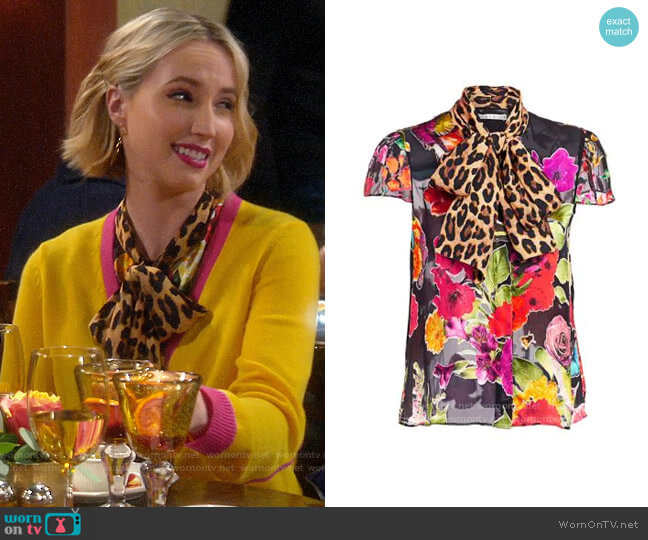 Alice + Olivia Jeannie Blouse worn by Mandy Baxter (Molly McCook) on Last Man Standing