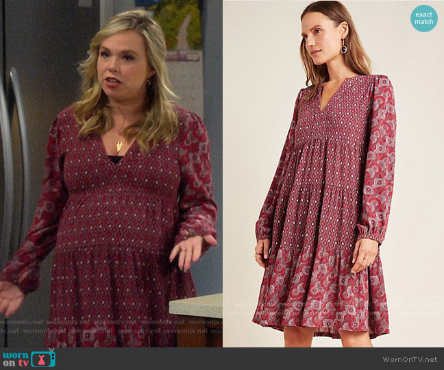 Anthropologie Amber Tiered Tunic in Wine worn by Kristin Baxter (Amanda Fuller) on Last Man Standing