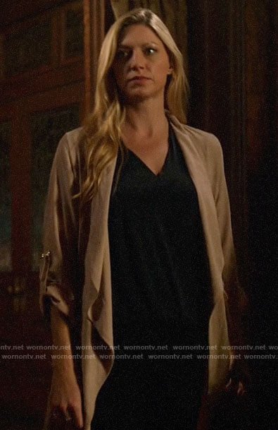 Ava's draped front jacket on Legends of Tomorrow