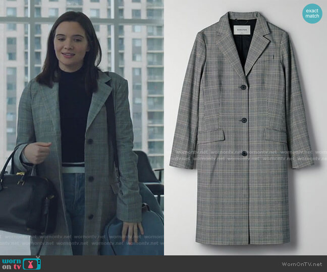 Long plaid blazer jacket by Babaton worn by Jane Sloan (Katie Stevens) on The Bold Type