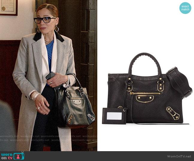 Balenciaga City Bag worn by Amanda Doherty (Victoria Cartagena) on Almost Family